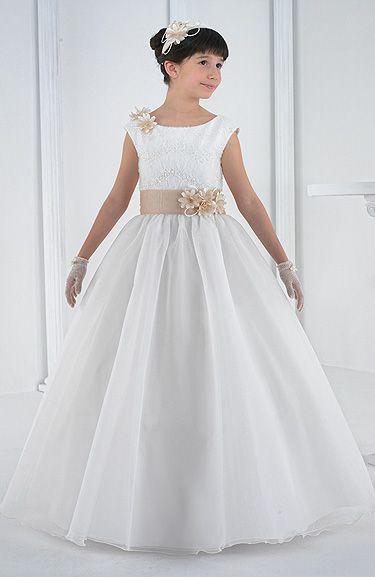 Moda Adolescentes y Niños Elegancia Estilo: Vestidos de Comunion -Carmy 2014