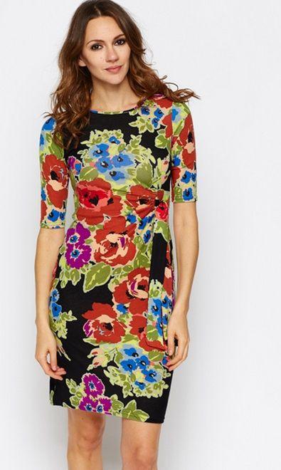 Vestido flores ajustado en la cintura. Tallas 38 a 48