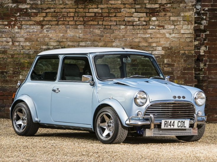 best 25 classic mini ideas on pinterest mini cooper classic mini cooper near me and auto mini. Black Bedroom Furniture Sets. Home Design Ideas