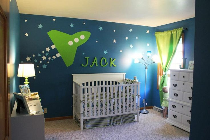 So cute baby space room. I know a future mommy that would love this.