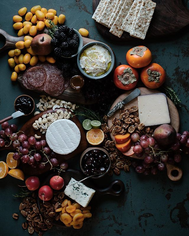 A cheese board is one of my most favoritest things to style/pile during the holidays! We're doing Christmas brunch, then snacks throughout the afternoon and evening while we watch some fave Christmas movies like Home Alone and The Santa Claus. What are your fave Christmas movies???