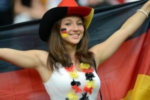 Deutschland ist in einer globalen BBC-Umfrage auf Platz eins der beliebtesten Nationen gelandet – obwohl in Krisenländern antideutsche Stimmung herrscht. Die EU findet hingegen nur mäßige Zustimmung. Von Thomas Kielinger, London