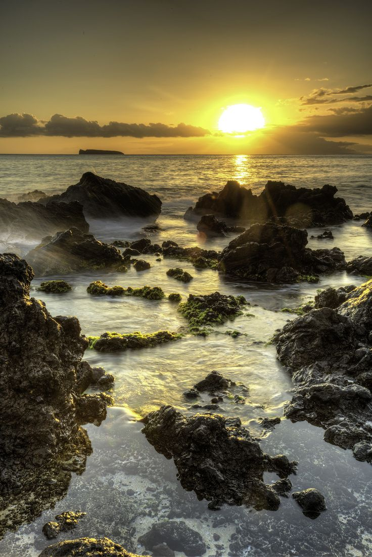 Enjoy panoramic views and unobstructed photo opportunities of the majestic coastline of #Maui
