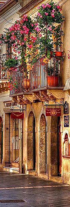 Taormina, Sicily | LOLO❤︎                                                                                                                                                      More