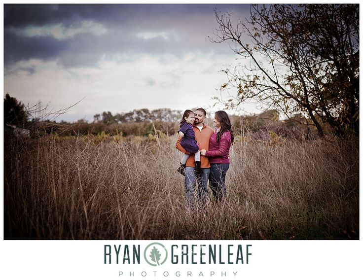 Family Photo in Field - Ryan Greenleaf Photography Blog