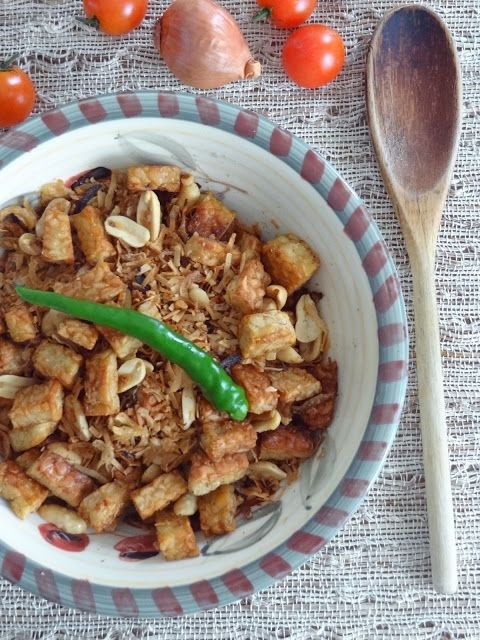 Rice and Coconut: Fried Tempeh in toasted coconut