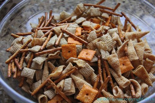 reindeer snack mix