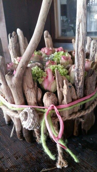 Driftwood flower cake