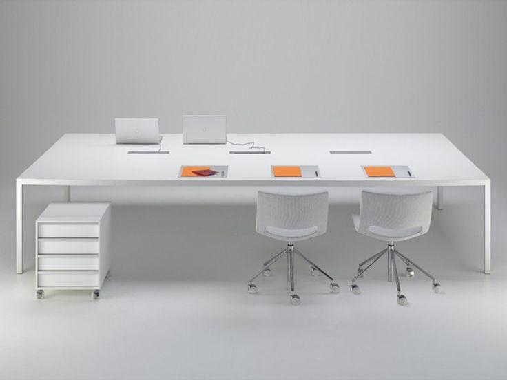 Download the catalogue and request prices of Desk by Mdf Italia, rectangular aluminium office desk design Francesco Bettoni, Bruno Fattorini