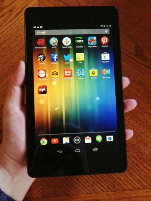 Review of the #Nexus7 as a high tech kitchen tool for home cooks.
