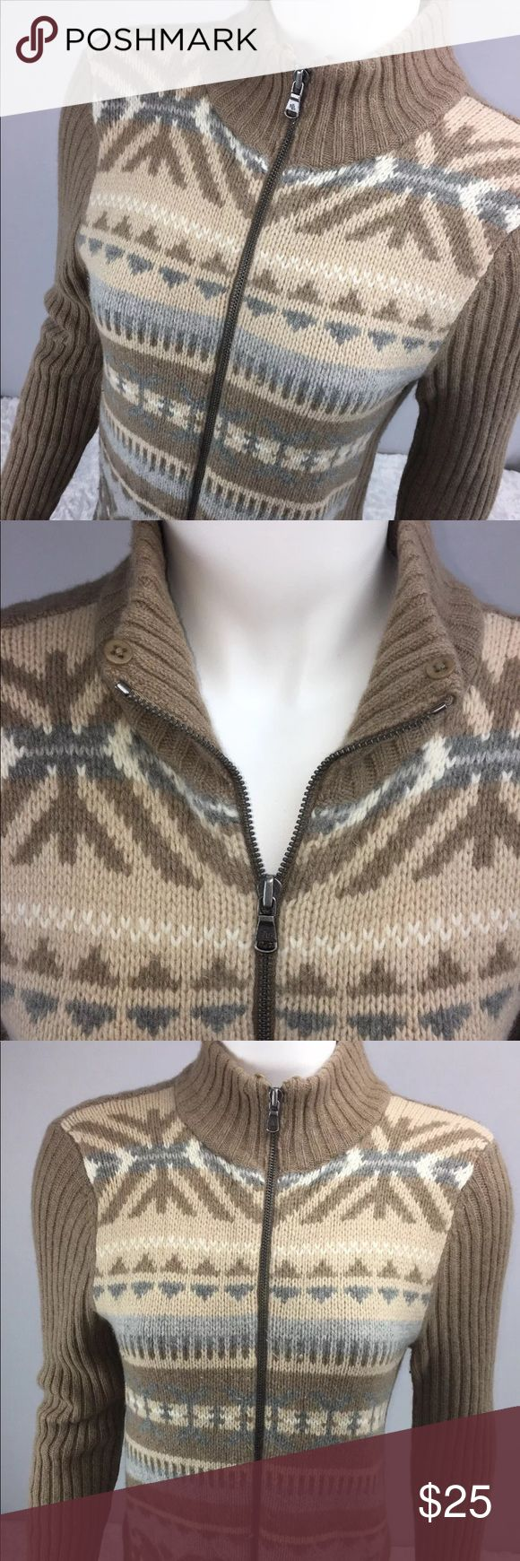 Ralph Lauren Long Sleeve Lambswool Zip Up Sweater RALPH LAUREN ~ Women's Long Sleeve Zip Up Sweater ~ Size Large Petite!! ~ Lambswool Blend~ Super Warm~ In EXCELLENT condition!! ~ Coming from a pet free and smoke free 🏡!! Ralph Lauren Sweaters Cardigans