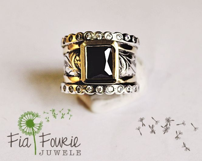 Chunky black gem ring in silver and gold - Fia Fourie
