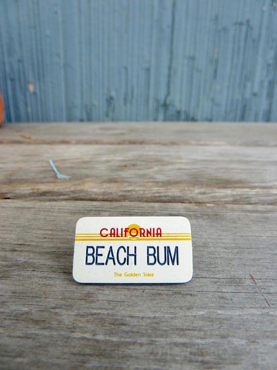 California vanity plate pin Beach Bum 80s Cali style surfer