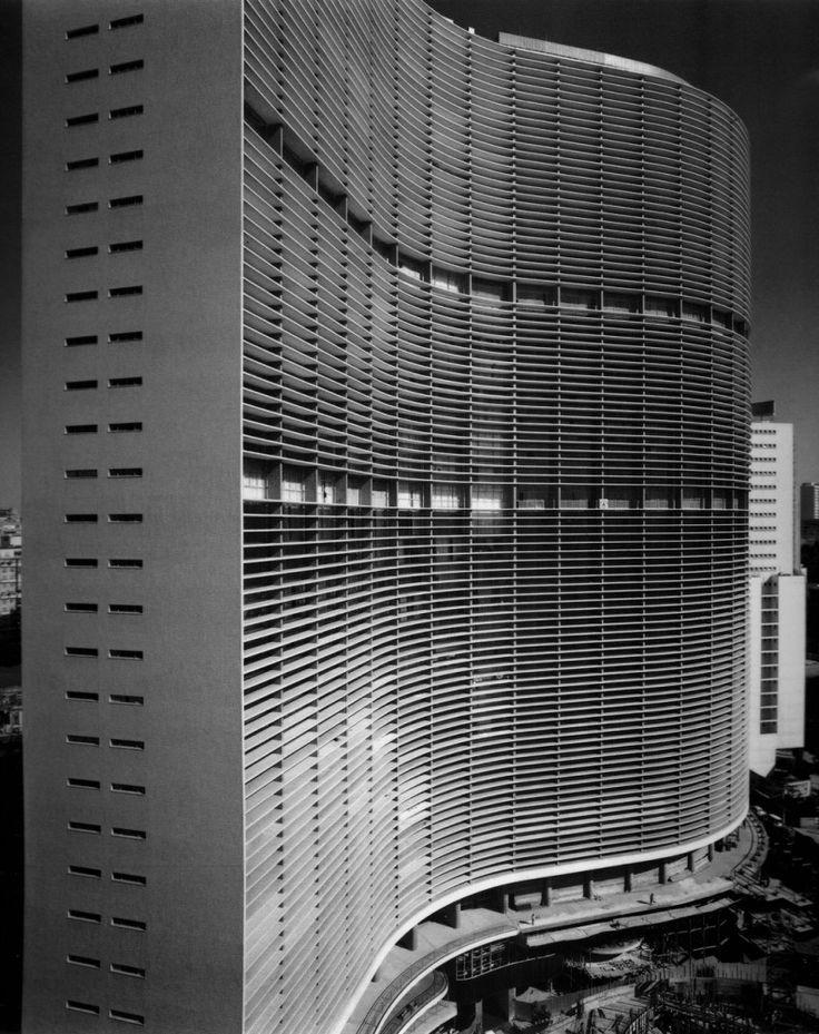 Edificio Copan, construído entre 1951 e 1957. Projeto de Oscar Niemeyer.