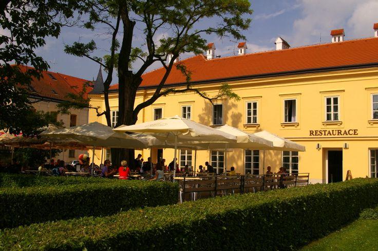 Zámecký hotel Lednice  www.hotellednice.cz Hotel 4*