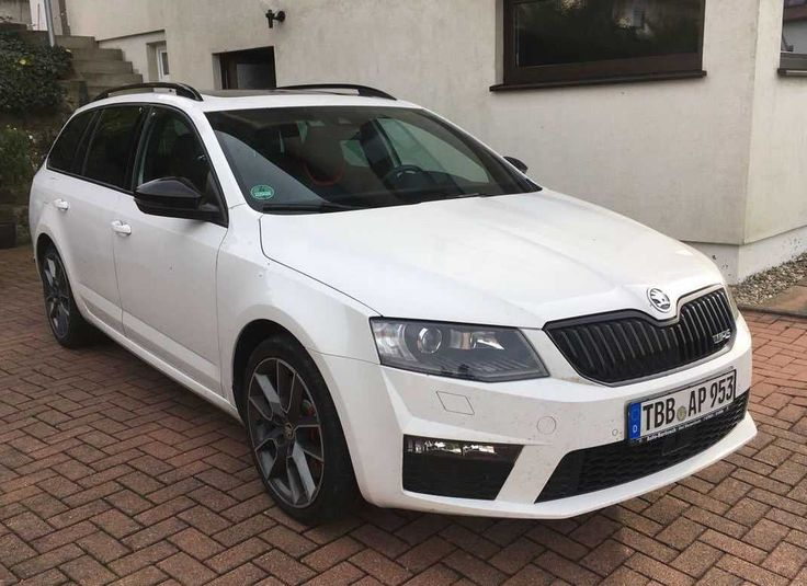 Skoda Octavia RS Combi 2,0 TDI DSG,  optional (Leasing 313€ Netto)