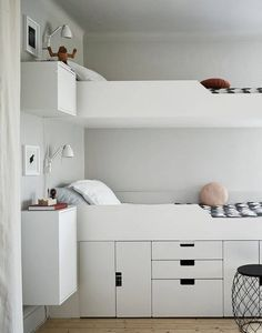 bunk beds | floating nightstands | under bed storage | bedroom design | interior design | via cocolapinedesign.com