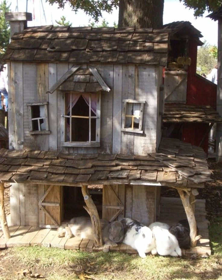 Awwww a mini-Victorian garden abode for the bunnies to hang out in.