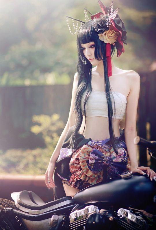 cool-modern-geisha-costume-style
