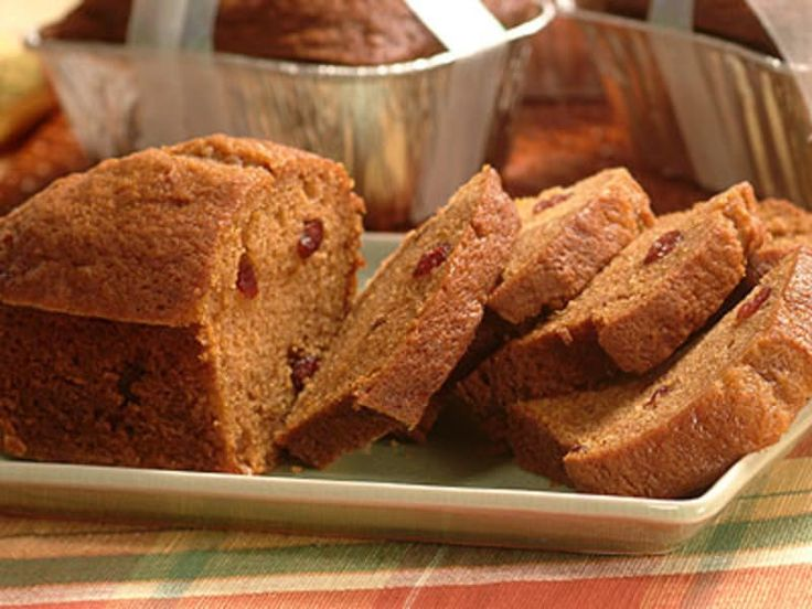 Enjoy this irresistibly moist and flavorful LIBBY'S® Pumpkin Cranberry Bread. Delicious for breakfast or snack. One batch makes two large loaves; one for now and one for later. Or bake into mini loaves. They make great gifts for teachers, neighbors and friends!