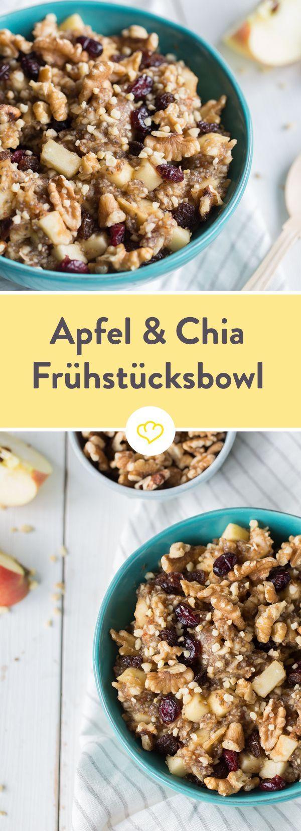 Die wichtigste Mahlzeit des Tages kommt hier in einer Schüssel voller süßer Äpfel, knackiger Nüsse, Chia-Samen und einem Hauch von Zimt um die Ecke.