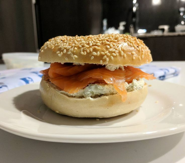 Lucky to have friends who bring me treats from around the world! Loin Cut Smoked Salmon  Horseradish Cream Cheese from @russanddaughters (NYC) on a sesame seed bagel from @whatabagel! #smokedsalmon #russanddaughters #nyc #toronto  @florencewtang @goodfoodjess
