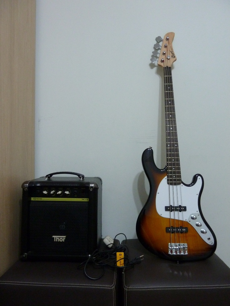 Baixo Cort Gb Jb + Amplificador Meteoro + Capa