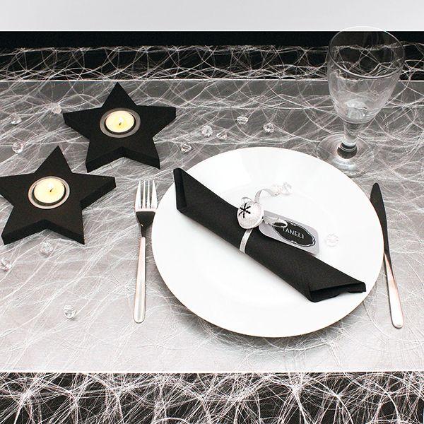 Tyylikäs musta-hopea joulukattaus! Tarvikkeet ja ideat Sinellistä!