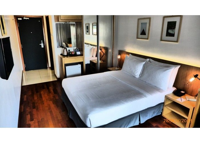 Enjoy a stay in Malacca's Quayside hotel presented to you by Lapan Lapan !  Visit https://peektrip.com/ for more details !