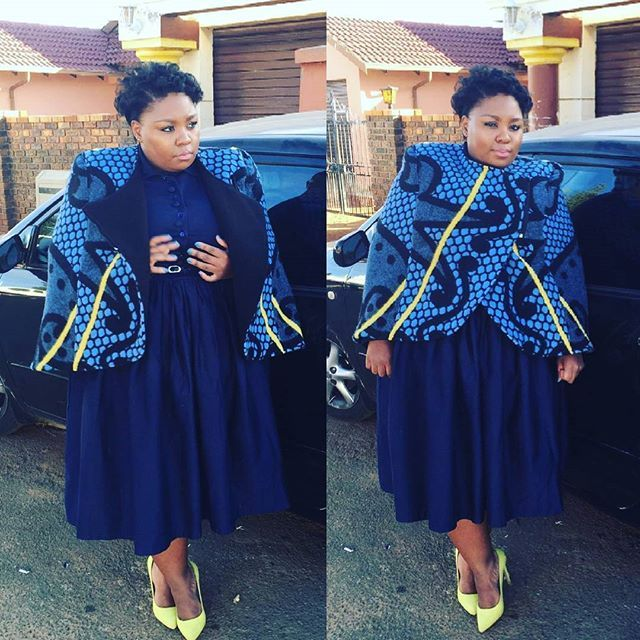 @leelegodi bring that #afroglam look with her #ThaboMakhetha #Kobo #Cape this…