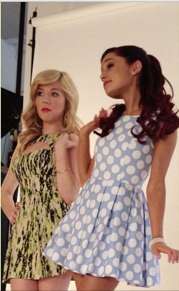 sam and cat <3  love Jennette Mc Curdy too you know!  but i love Ariana a bit more  by A LOT!    LOVE HER SO MUCH!