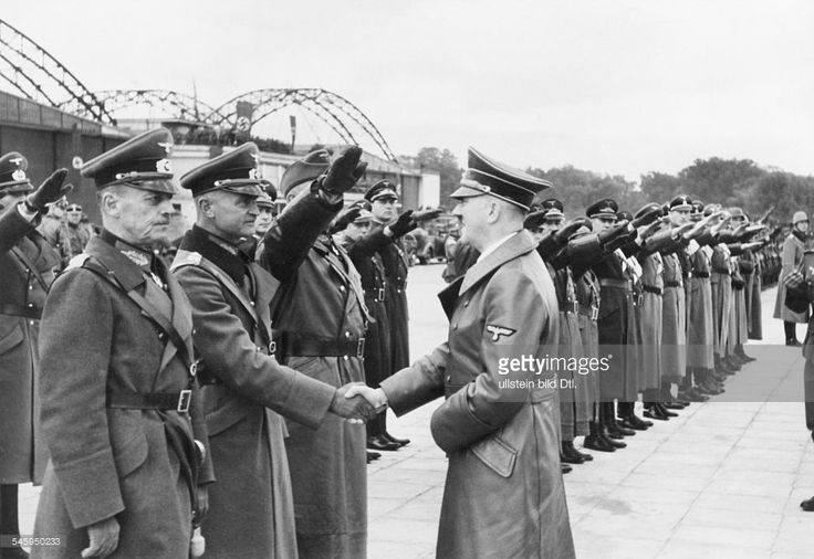 victory parade in Warsaw : after his arrival in Warsaw Adolf Hitler is greeting generals at the airport; from left: Cononel-General Johannes Blaskowitz and Walter von Reichenau - 1939 - Photographer: Presse-Illustrationen Heinrich Hoffmann - Published by: 'Berliner Morgenpost'
