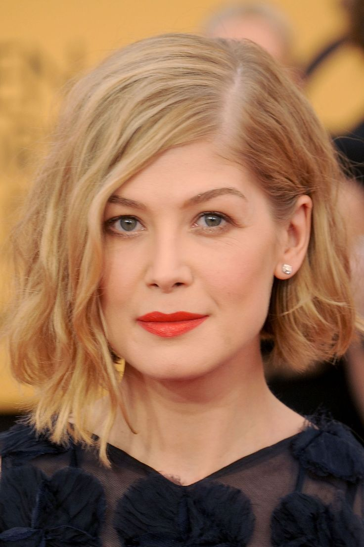 The best beauty looks of the week rosamund pike and face