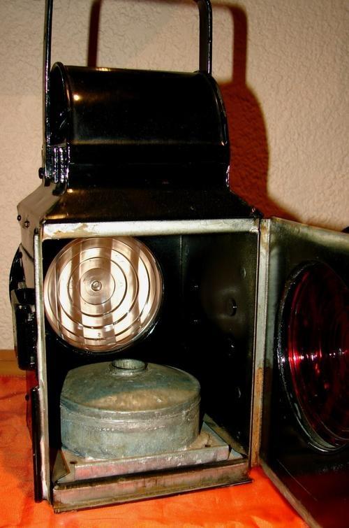 Big vintage SARS Red/White light Lantern-Complete
