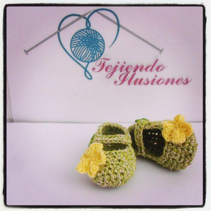 88 best Zapatitos de Bebe images on Pinterest | Modelo, Crochet ...