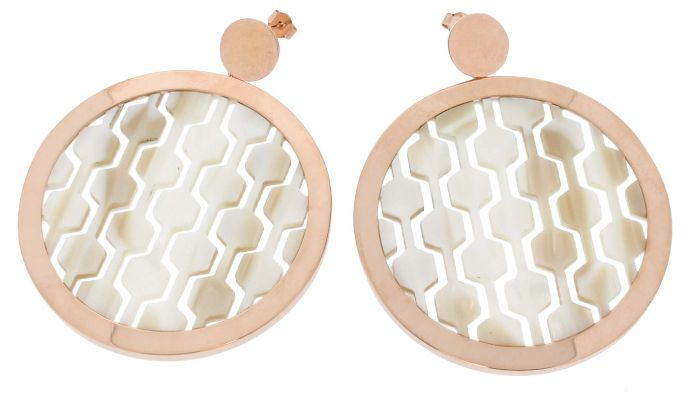Earrings with white rodoide