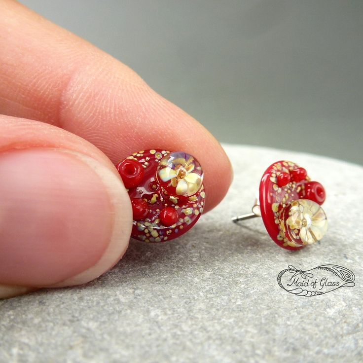 Win a pair of handmade lampwork stud earrings during October 2016 ~ MaidofGlass.co.uk