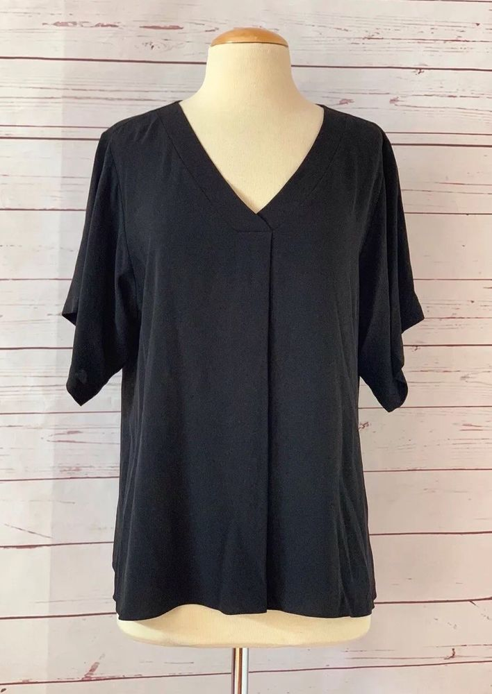a2d5236c49f NWOT EILEEN FISHER Size M Silk Crepe V-neck Top Black New #EileenFisher # Blouse