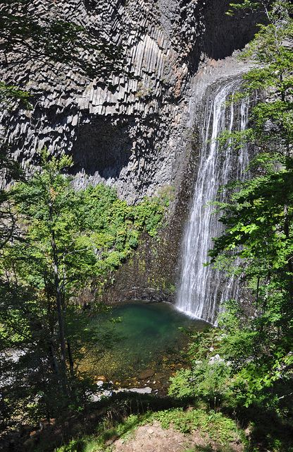 Site naturel volcanique - La casade du Ray à Péreyres - Ardeche