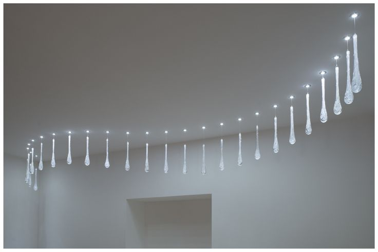 FLOP ICE DROP - LED spotlight made of stainless steel with hand blown glass component. SHOWROOM: Šaľa – Veča, Slovakia.