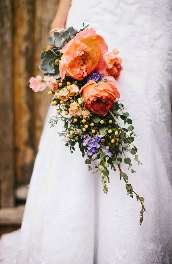 coral wedding bouquet wild http://www.mikiphotography.info/