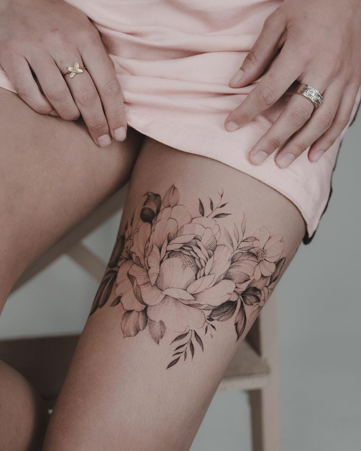 Flowery thigh band. Thank you for your trust friend 🙏🏼🌸🌿