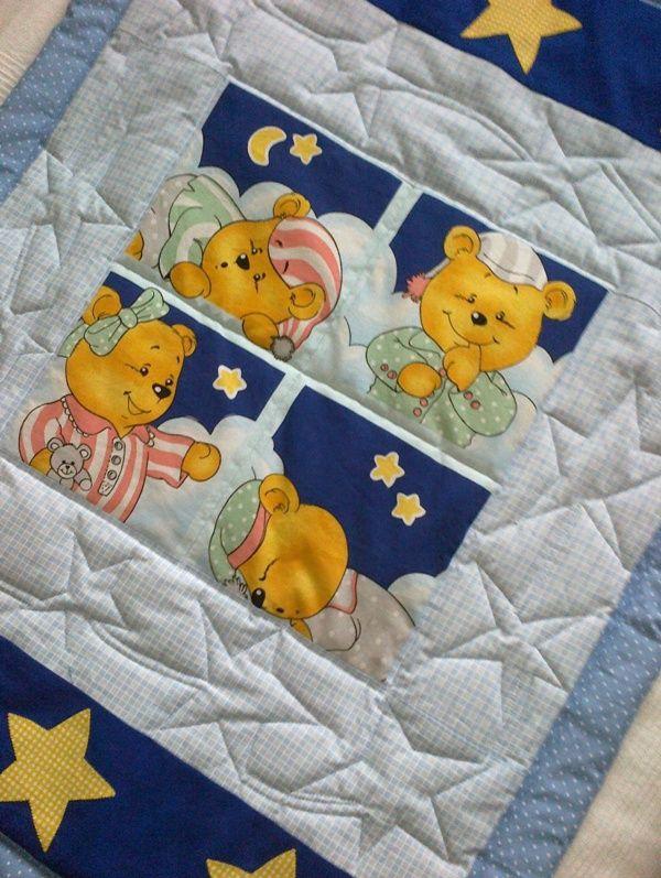 Detské sny Detská deka + poduška na krásne snívanie, do postieľky, na prebaľovanie, na váľanie... materiál: 100% bavlna výplň: antialergické rúno veľkosť: 103x78 cm