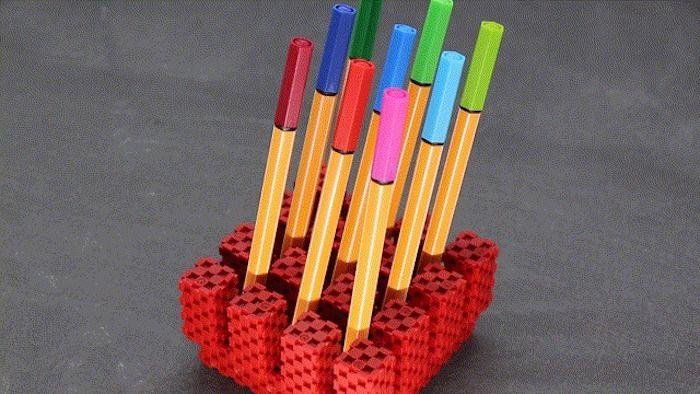 """ブロック遊びを""""キューブ""""で。 新しいブロック遊びのかたちが登場しました。Lini cubeはその名の通り、キ […]"""