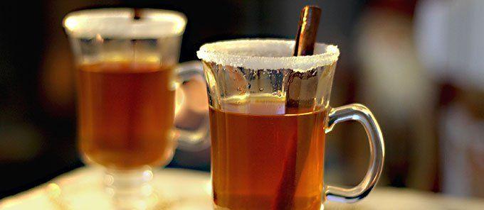 Deliciosa bebida caliente típica colombiana. Aromática, dulce y perfecta para las noches frías, solo hay que seguir el paso a paso!