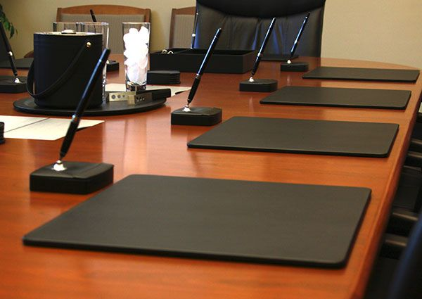 Manufacturer Of Fine Leather Desk Conference Room Accessories