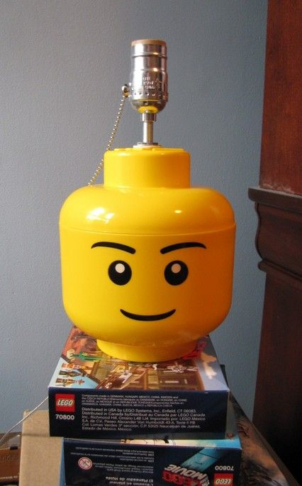 Diy Guide For Building A Simple Desk Or Table Lamp For Your Lego Room