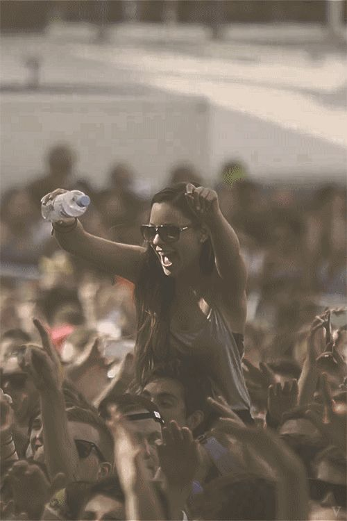 gross things that happen at Rocking the Daisies #festivals http://smudgedbeauty.co.za/2013/09/25/rocking-the-daisies-gross-things/