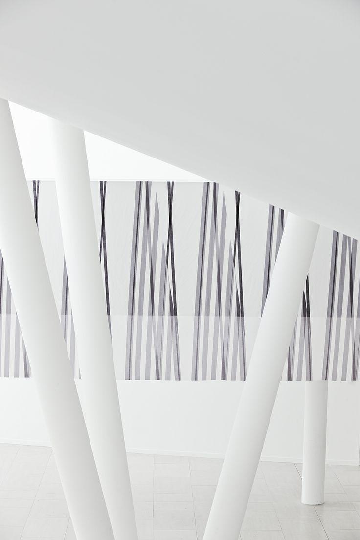 Tolles Zusammenspiel von Architektur und Stoff. #architecture #architektur #drapilux #stoff #design #200° #collection #print #baukasten