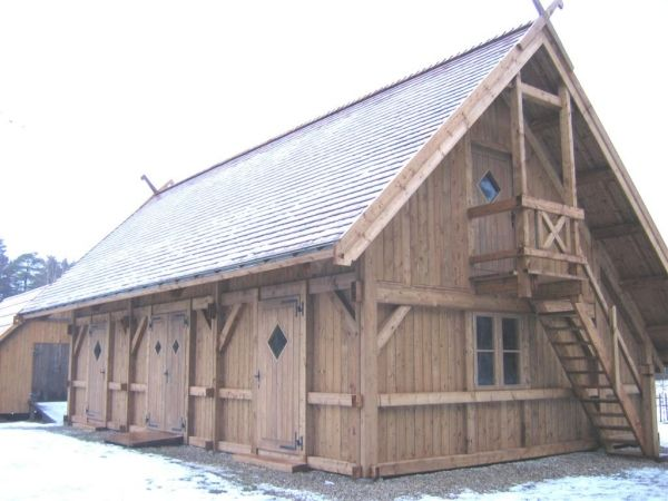 25 best Timber frame images on Pinterest | Journals, Log houses and Frame House Construction Design on money and construction, house being built, house bulkhead construction, interior construction, house gutter construction, housing construction, strongback construction, balloon construction, framing construction, masonry house construction, house construction terminology, huge crane construction, parts of a house construction, funny house construction, house made out of popsicle sticks, building construction, house deck construction, house construction work, house under construction, house plumbing,